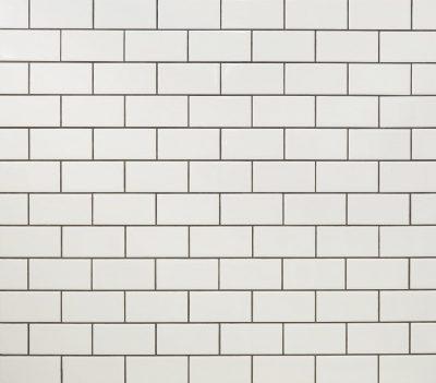 subway tile dark grout