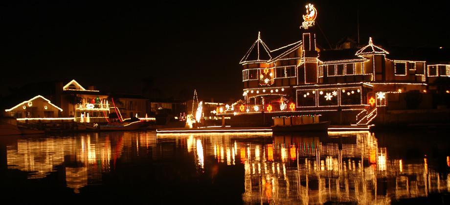 Huntington Harbour Cruise of Lights