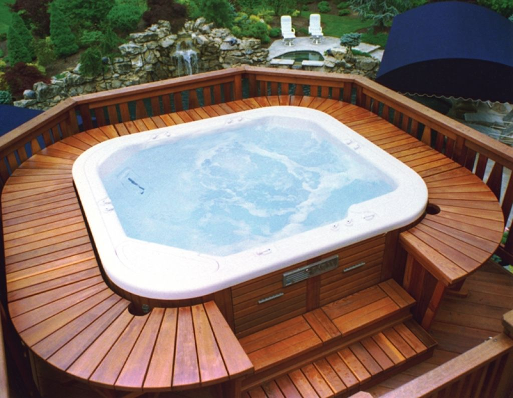 Hot tub wood deck photo by Atlanta Decking and Fencing Company