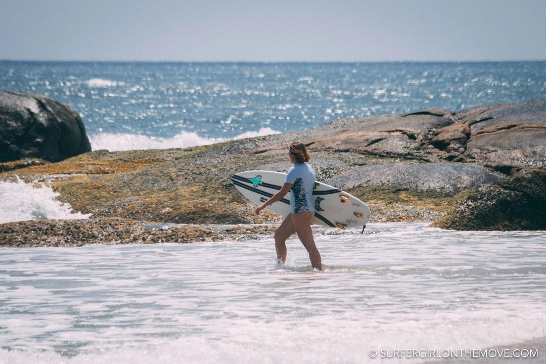 Surfar no Sri Lanka