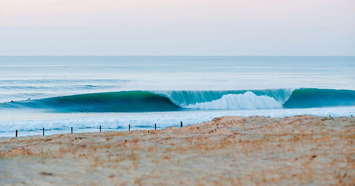 世界トップレベルのビーチブレイク!フランス「ホセゴー」でサーフィン
