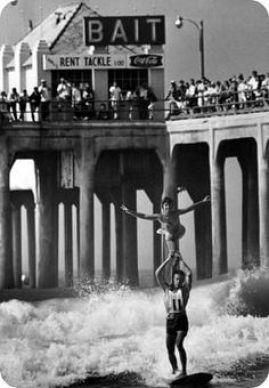 tandem surfing by bait shop