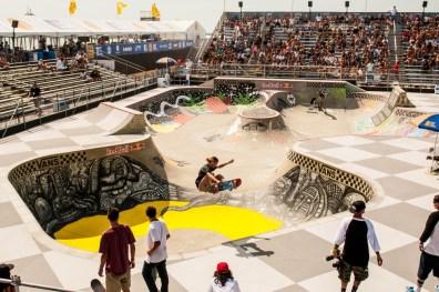 skateboarding in bowl