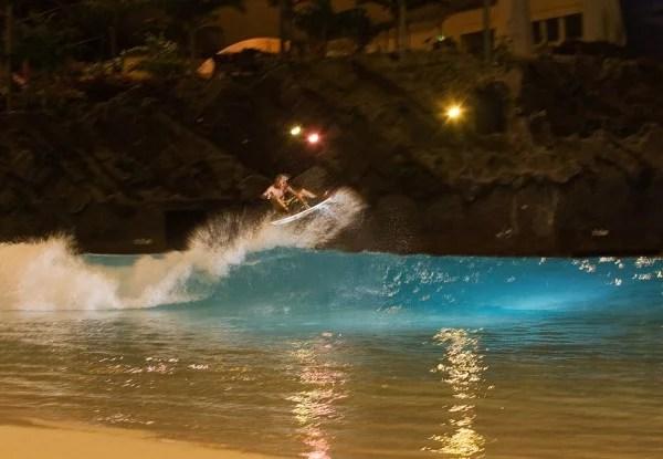 Owen Wright Surfing Ocean Dome Wave Pool   Wave Park   Surf Park   Surf Pool