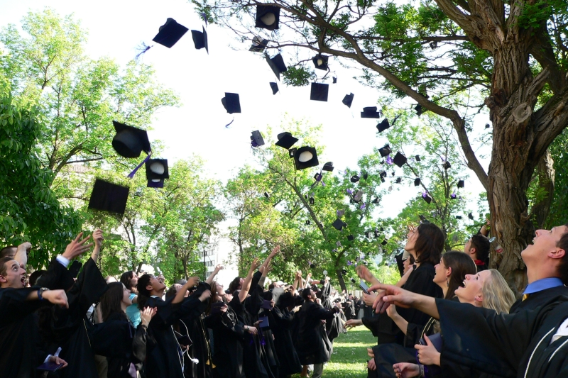 Tips for college grads looking for jobs