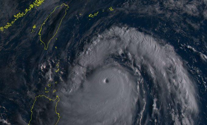 台風14号2016