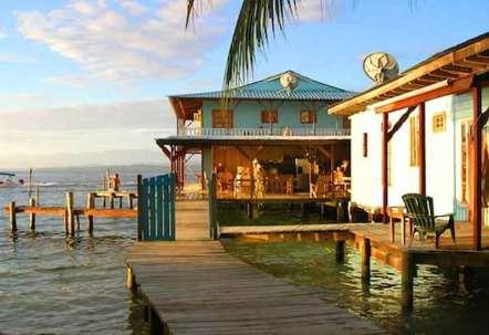 casa acuario deck