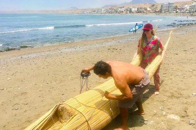 Making a Caballito de Totora in Huanchaco