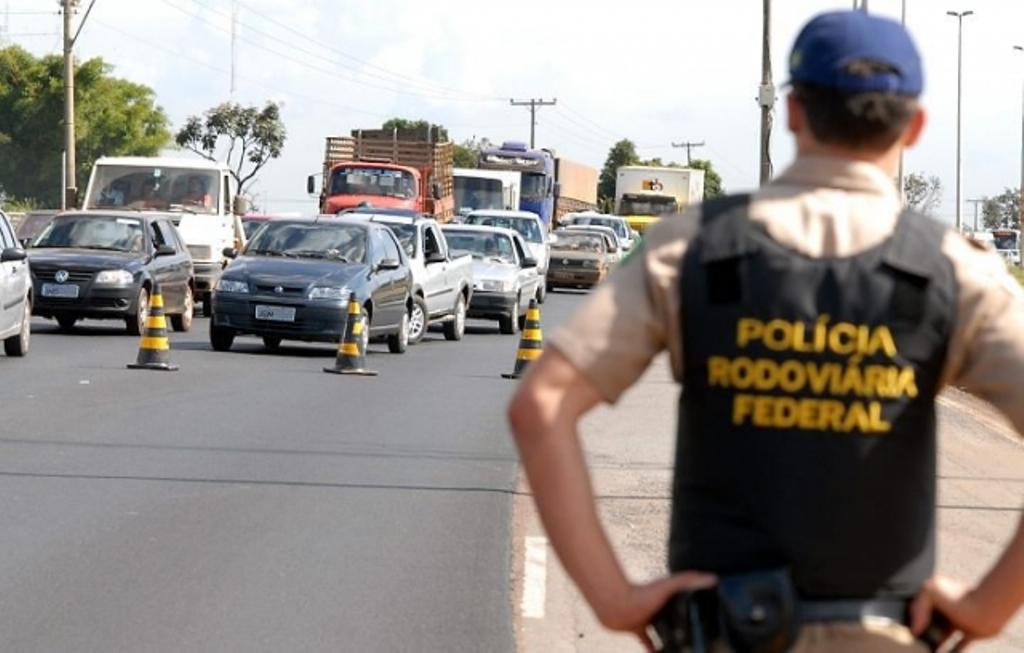 PRF inicia processo para leiloar 1132 veículos apreendidos no Tocantins
