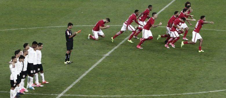 """""""Caiu em Itaquera""""… Corinthians amarga sexta eliminação consecutiva na Arena"""