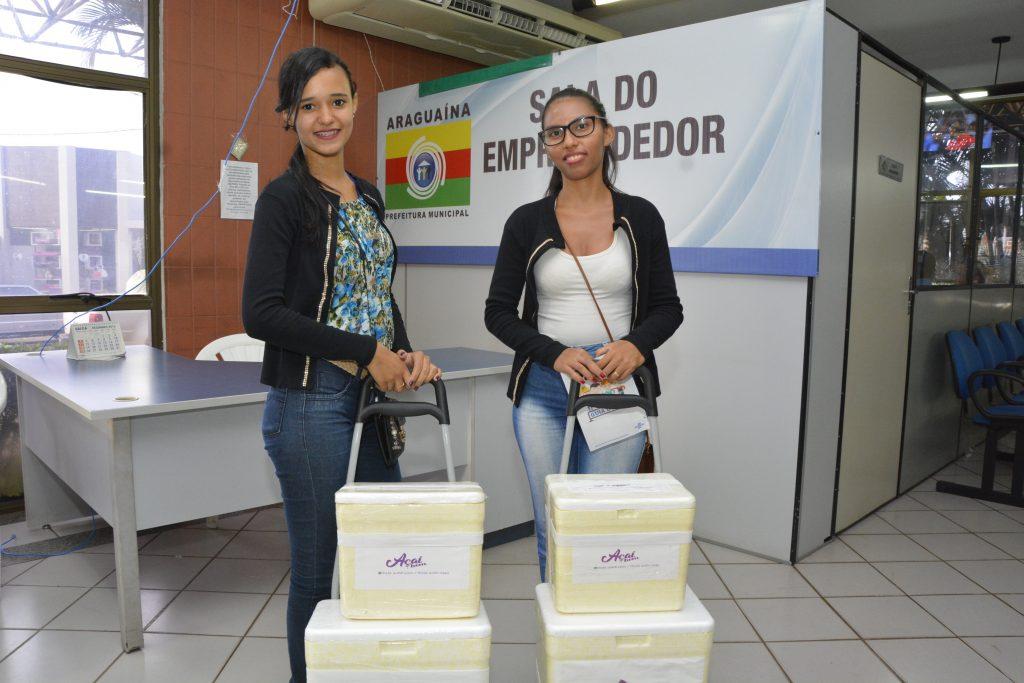 Vendedoras de açaí são exemplo de microempreendedorismo em Araguaína