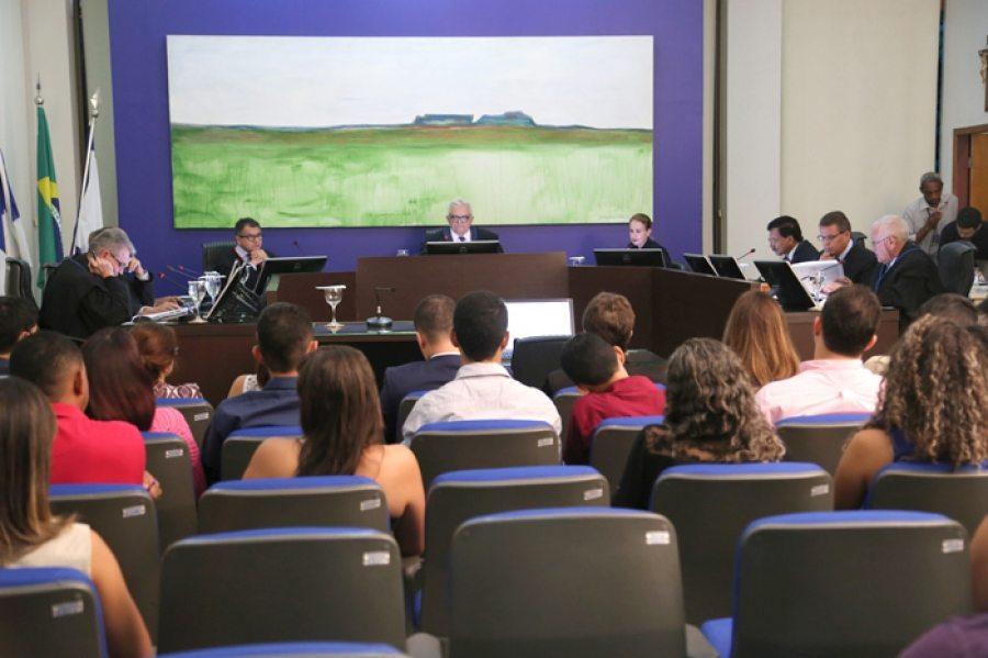 Pleno aprova inspeção em licitação de enfeites da páscoa