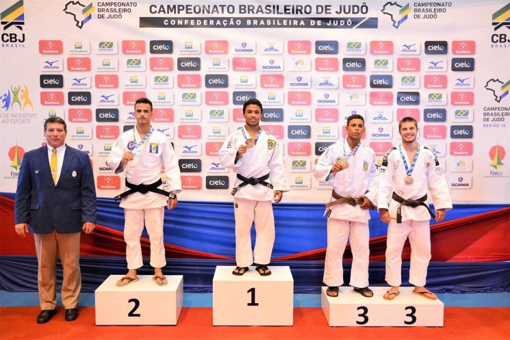 Tocantins conquista um ouro, três pratas e 11 bronzes na etapa regional do Brasileiro de Judô