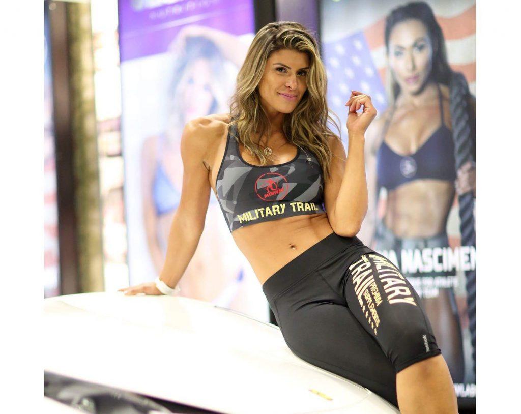 """Camila Bononi, a modelo """"Saúde Fitness"""" da nova era, mostra corpão em evento nos Estados Unidos"""