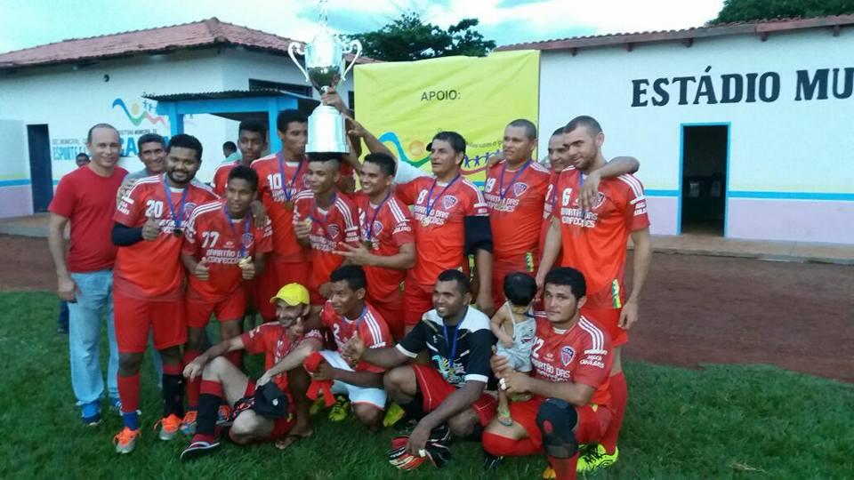 Prefeitura Municipal de Caseara entrega premiação ao campeão do Campeonato Municipal de Futebol/2017