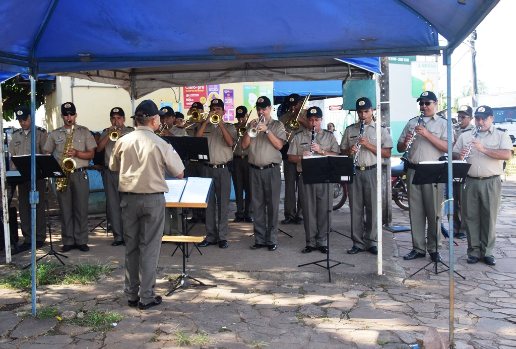 8º BPM de Paraíso inicia projeto de Polícia Comunitária com formatura matinal
