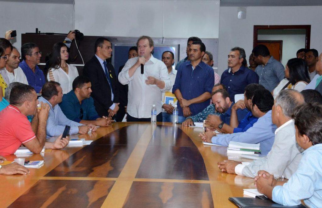 Assembleia garante apoio a mobilização de vereadores