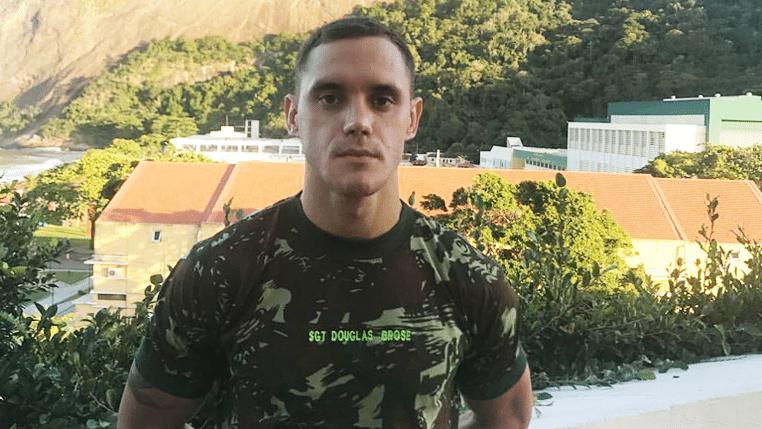 Terceiro-sargento, Douglas Brose valoriza experiência no Exército e mira o quinto título do Pan-Americano de Karatê
