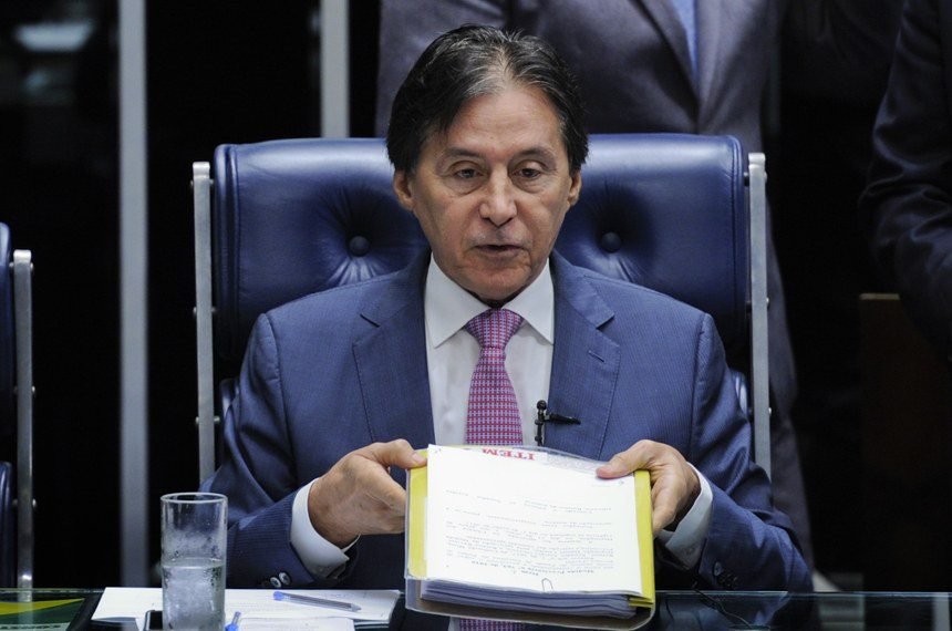 Promulgada lei que libera saque de contas inativas do FGTS