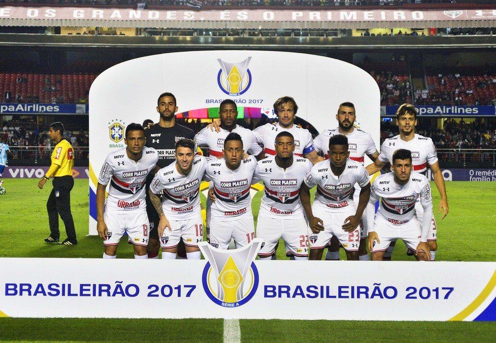 Atuações do São Paulo: em noite coletiva razoável, Pratto, Jucilei e Cícero são os melhores