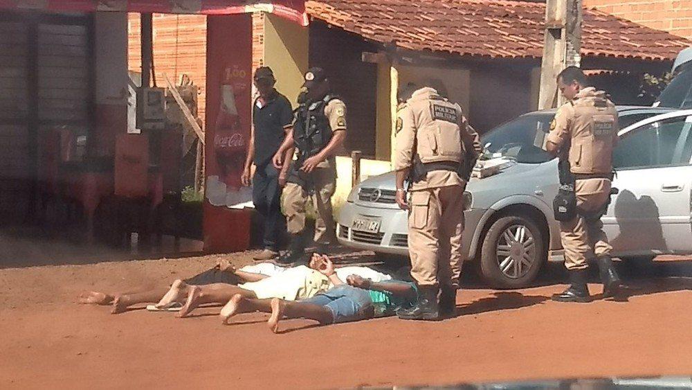 Suspeitos de assaltar agência dos Correios de Itacajá são presos após perseguição