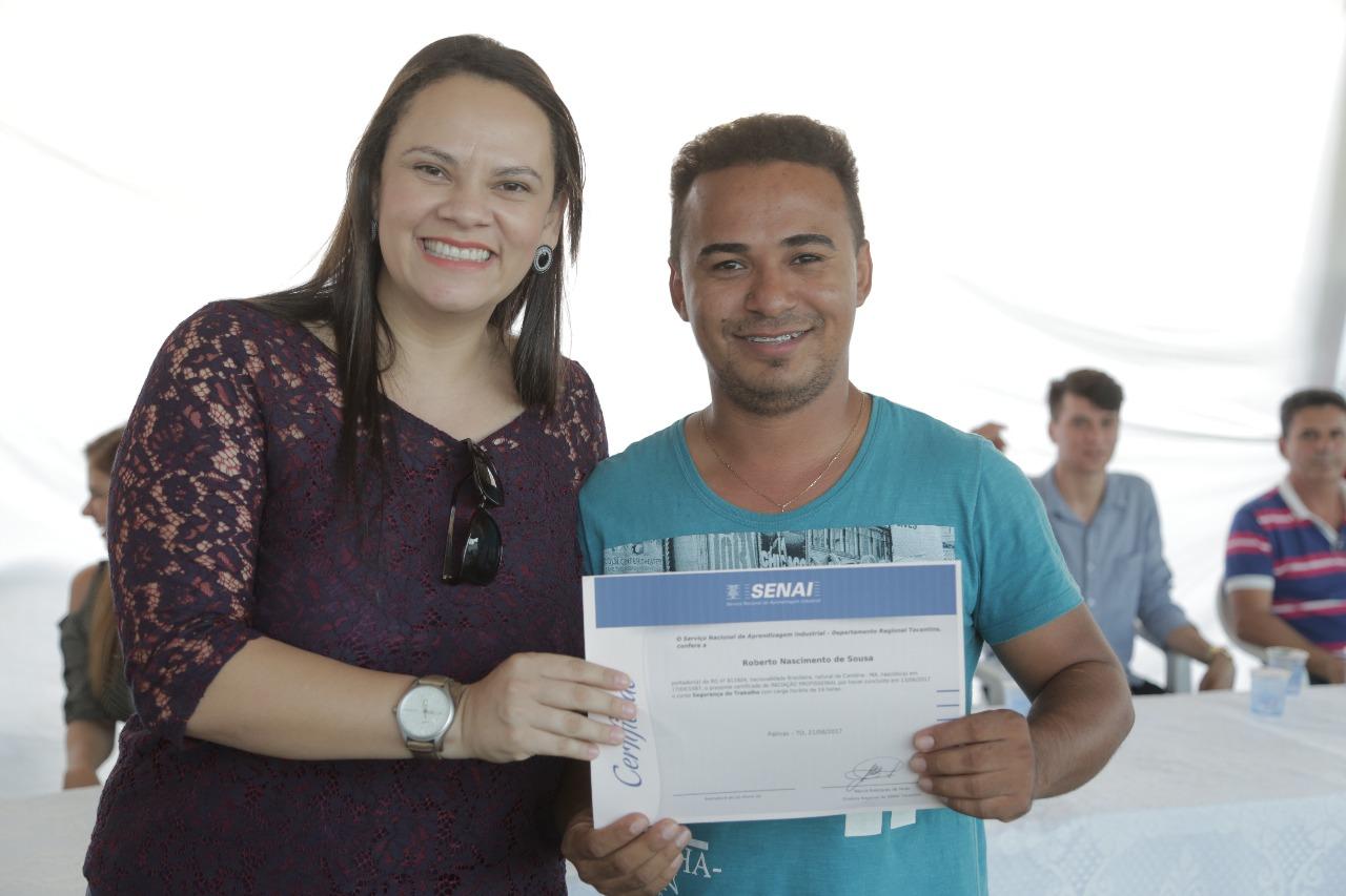 Mais 100 pessoas capacitadas no mercado de trabalho em Araguaína