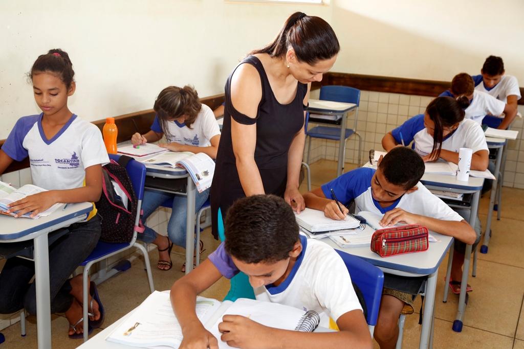 Profissionais da Educação têm até domingo para inscrever-se no Prêmio Educador Nota 10