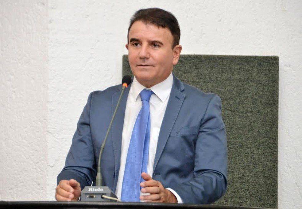 Com emenda de Eduardo Siqueira, Guarda Metropolitana receberá 50 pistolas Glock
