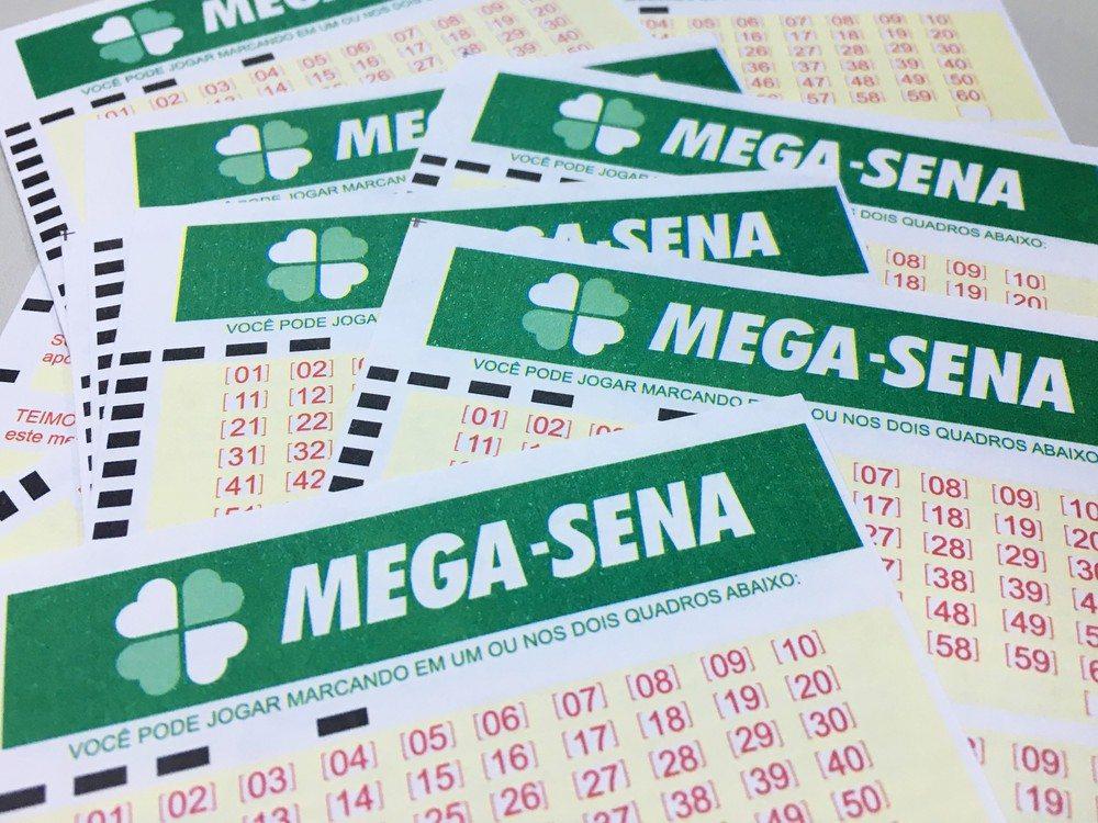 Mega-Sena pode pagar um prêmio de R$ 3 milhões neste sábado (24)