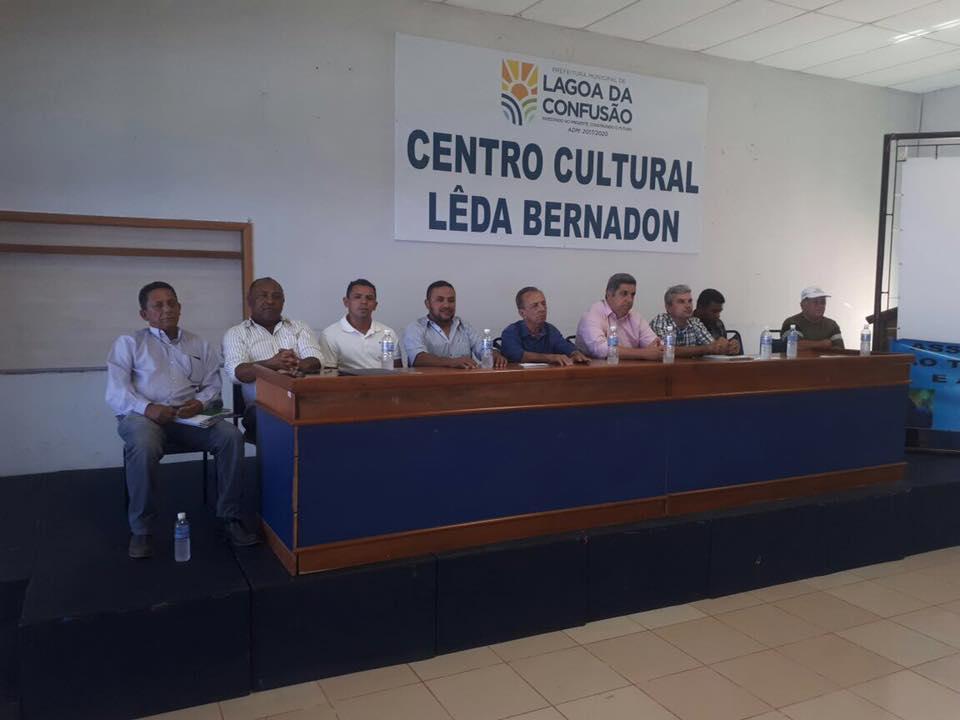 Governo de Cristalândia participa de evento que beneficiará pequeno produtor rural