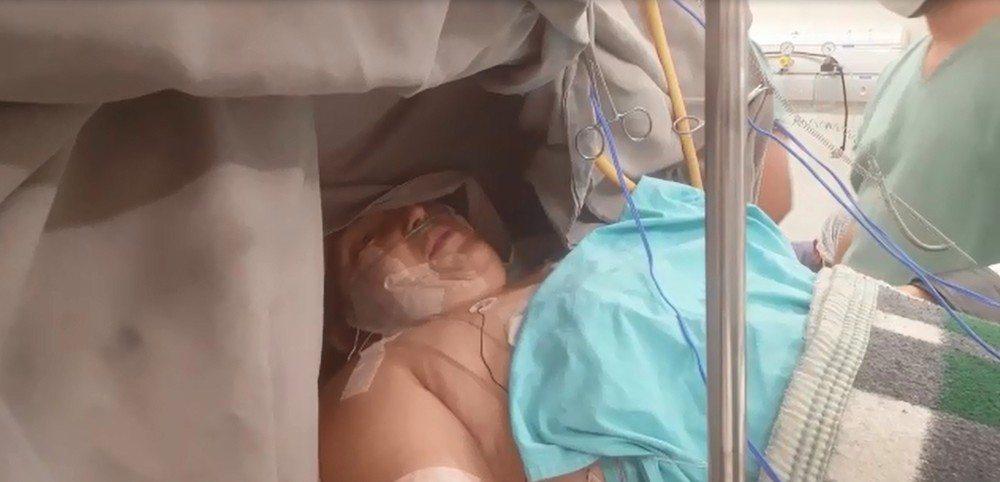 Paciente canta durante cirurgia para retirada de tumor no cérebro em Rio Preto