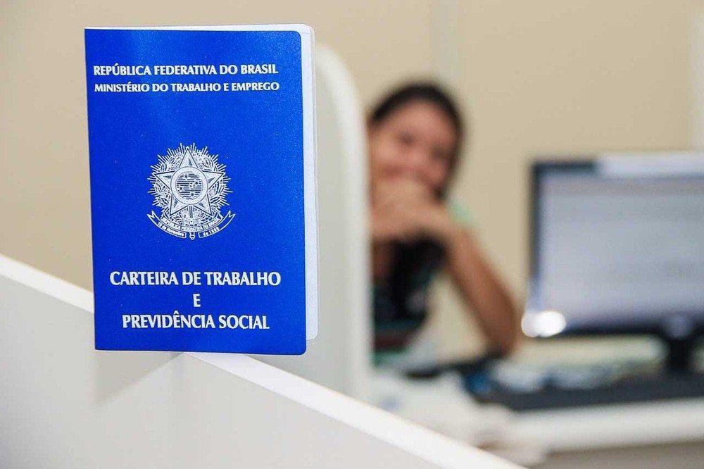 Saúde suplementar contrata cerca de 20% de todos os empregos formais no país em março