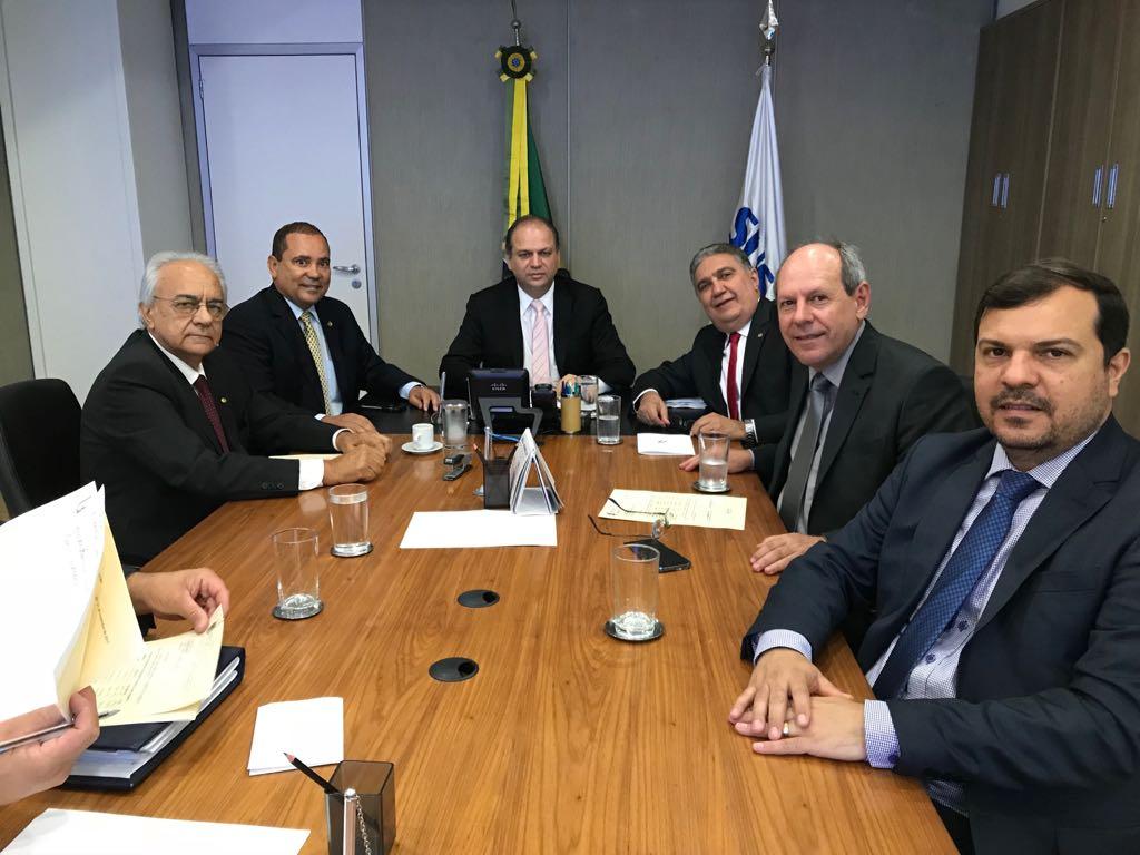 Moisés Avelino faz visita ao Ministro da Saúde e ao DNIT em Brasília