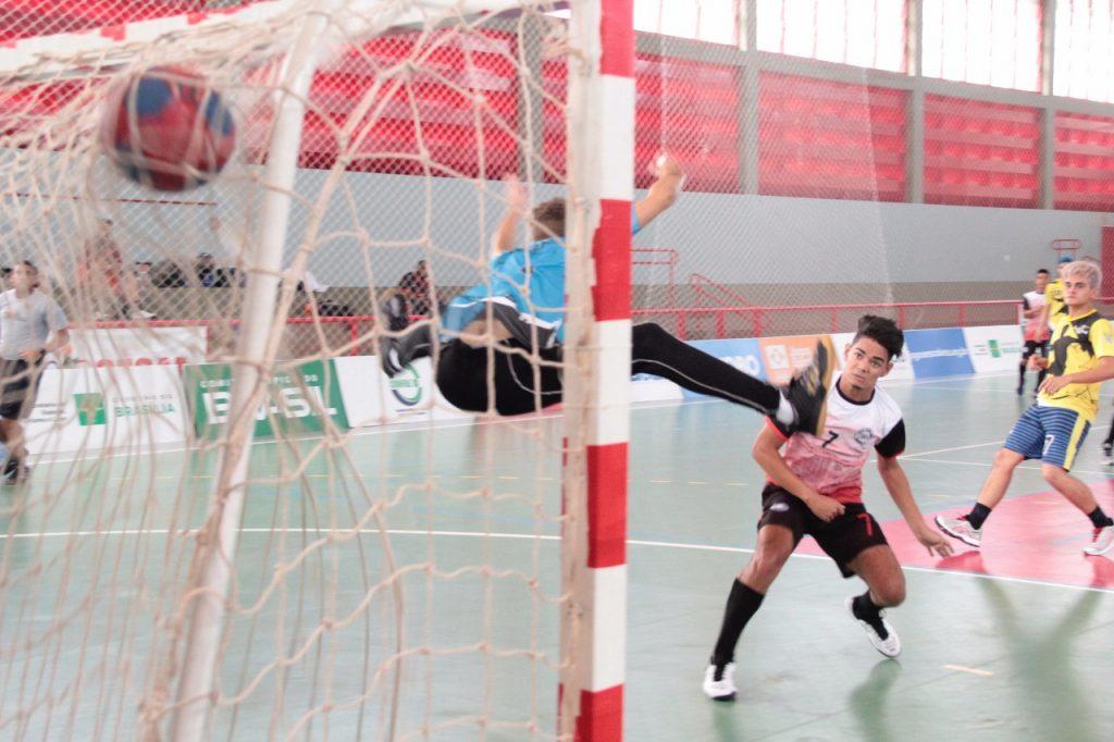 Handebol tocantinense estreia com vitória nos Jogos Escolares da Juventude de Brasília
