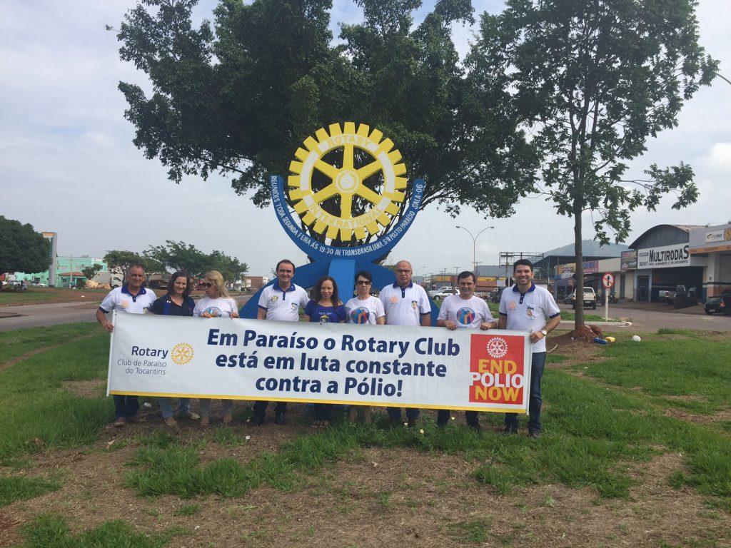 Rotary de Paraíso entrega cadeiras de rodas e realiza plantio de árvores no Hospital Regional