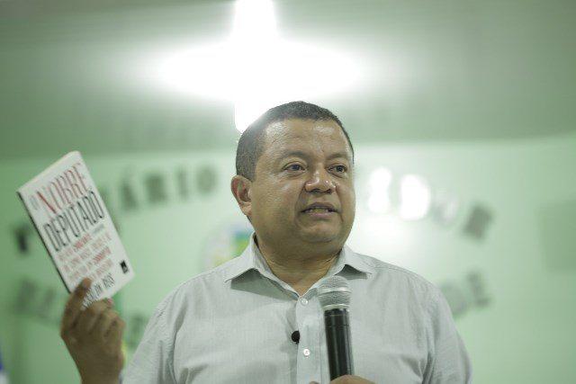 Márlon Reis prega mudança nos padrões políticos do Tocantins ao lançar pré-candidatura ao governo do Estado
