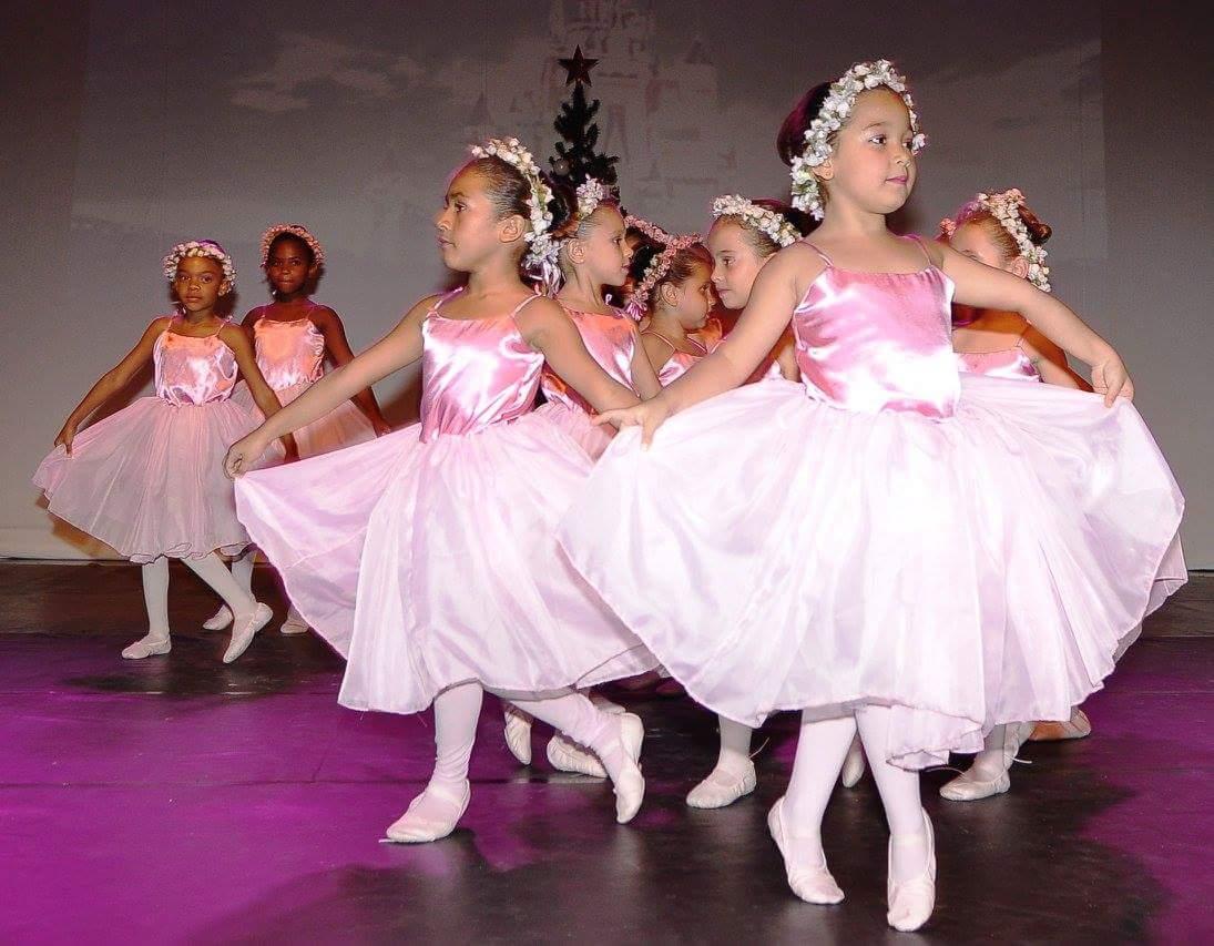 Ballet do Instituto Dagaz encerra programação com espetáculo mágico sobre meio ambiente