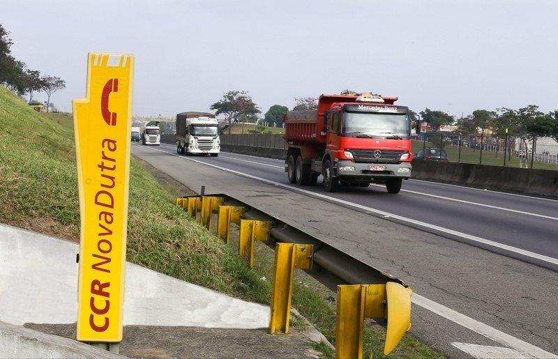 CCR NovaDutra realiza revitalização dos telefones de emergência localizados entre São José dos Campos e Caçapava, no Vale do Paraíba