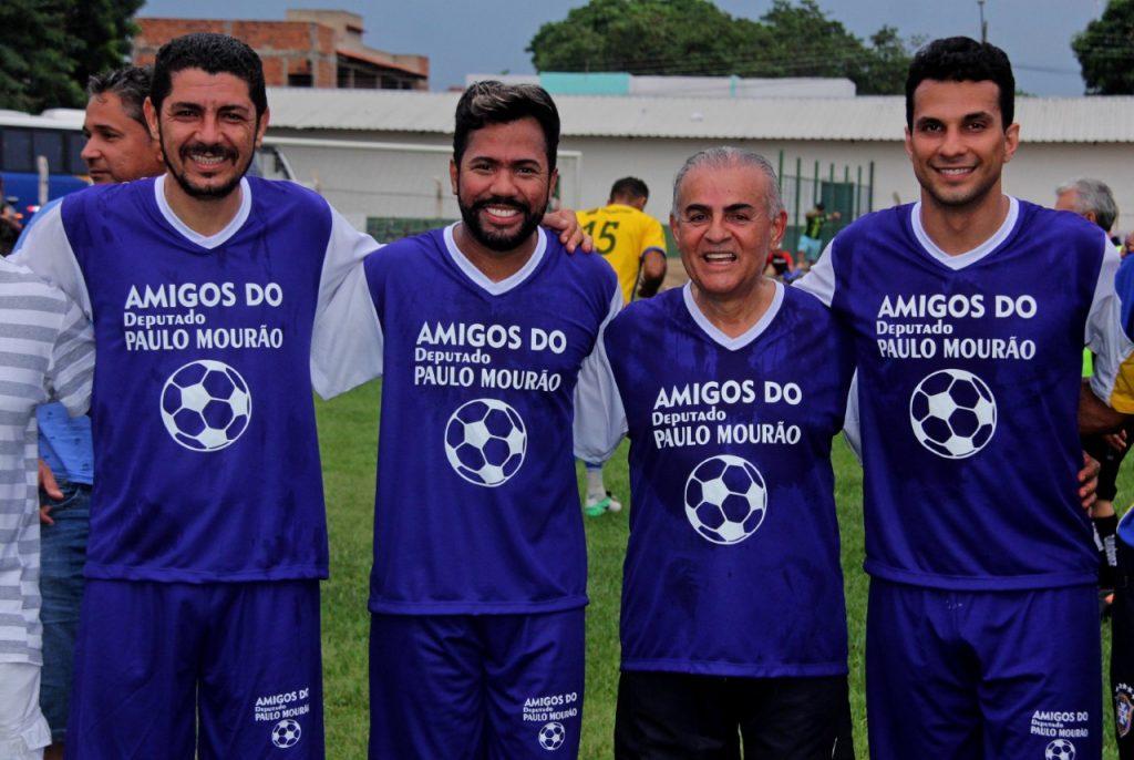 Futebol Solidário reúne atletas, artistas e parlamentares em prol da solidariedade