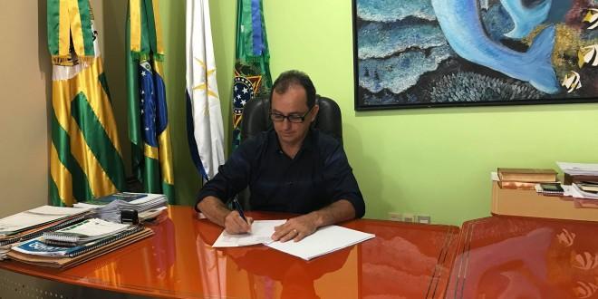 Assinada ordem de serviço para a pavimentação da Vila Jaó, Setor Aeroporto e Vila Maria