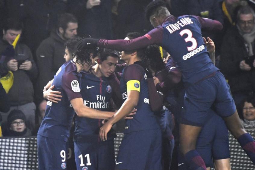 Sem Neymar, PSG vence por placar mínimo e se mantém na liderança