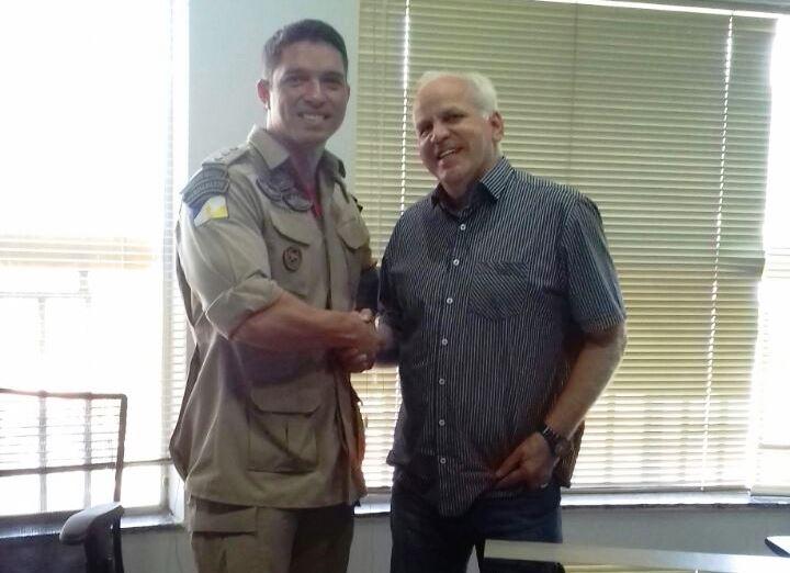 Presidente da ACIP recebe visita do novo comandante dos Bombeiros de Paraíso TO