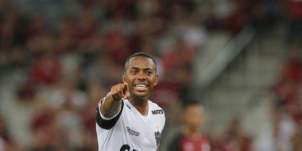"""Clube da Turquia anuncia """"princípio de acordo"""" com Robinho"""