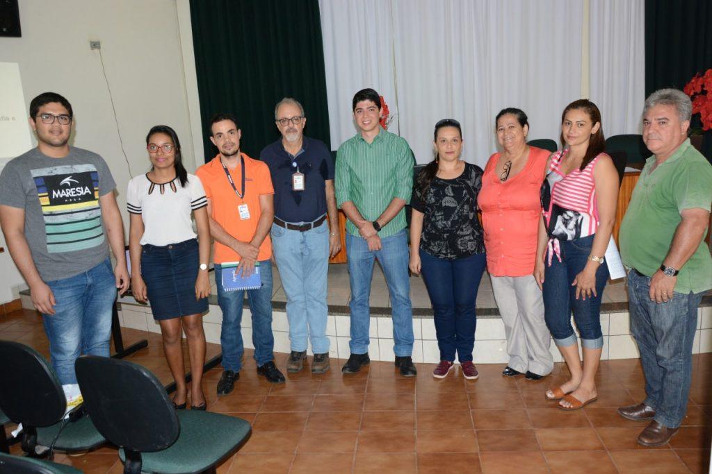 Vice-prefeito Celso Morais participa de reunião com a comissão do IBGE