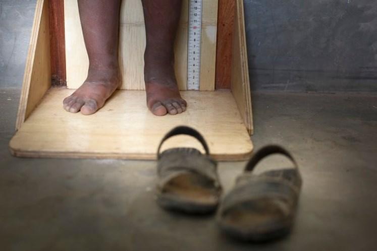 ONG cria sapato que cresce ao ritmo dos pés das crianças
