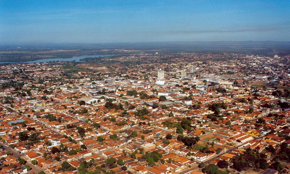 Corpo em estado de decomposição é encontrado em cima da cama de residência em Araguaína