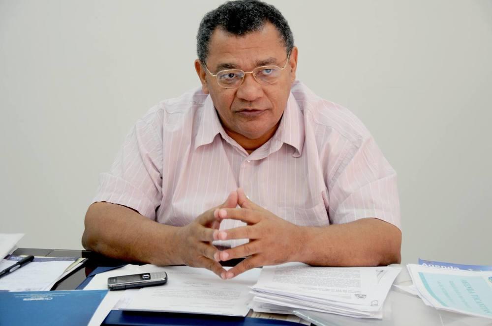 Galdino desafia Vicentinho a comparar UPA abandonada de Araguaína com UPAs de Palmas