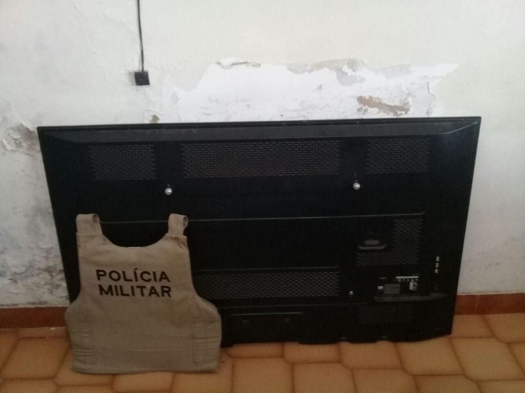 Polícia Militar recupera TV furtada da casa de pastor evangélico e vários objetos ilícitos em Paraíso TO