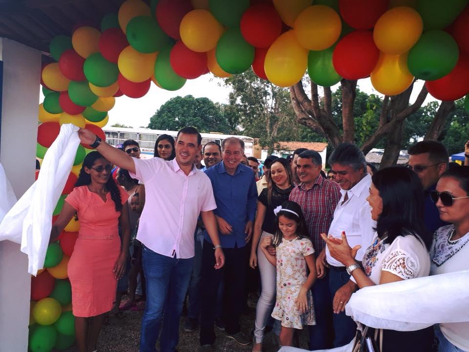 Deputado Federal Vicentinho Júnior visita lideranças políticas em 35 municípios do Tocantins