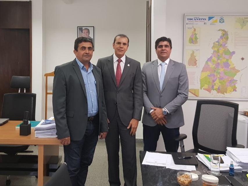 Caravana de prefeitos do TO vão a Brasília e agradece apoio do senador Ataídes